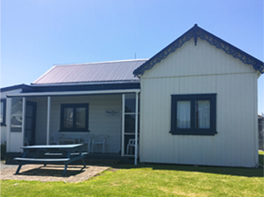 90 mile beach accommodation-pukenui lodge motel-historic house