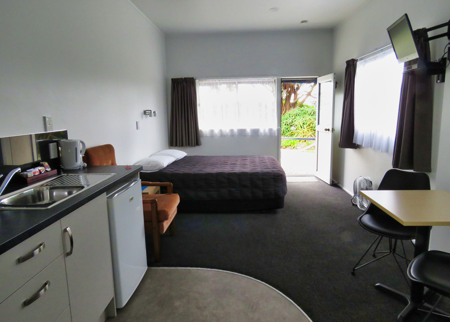 90 mile beach accommodation-pukenui lodge motel